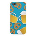 Cerveza y pretzeles iPhone 5 carcasa