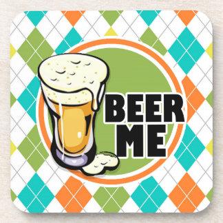 ¡Cerveza yo!  Modelo colorido de Argyle Posavasos De Bebida