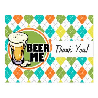 ¡Cerveza yo!  Modelo colorido de Argyle Tarjetas Postales