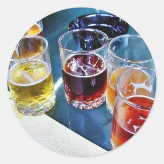 Cervezas de los vidrios pegatinas redondas