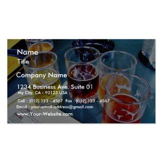 Cervezas de los vidrios tarjetas personales