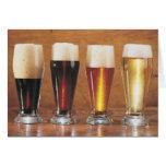 Cervezas y cervezas inglesas clasificadas tarjeta de felicitación