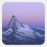 Cervino en el amanecer, Zermatt, montañas suizas, Calcomanía Cuadrada Personalizada