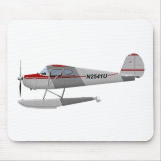 Cessna 140 en los flotadores N2541U Alfombrilla De Ratones
