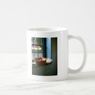 Cesta con hilado taza