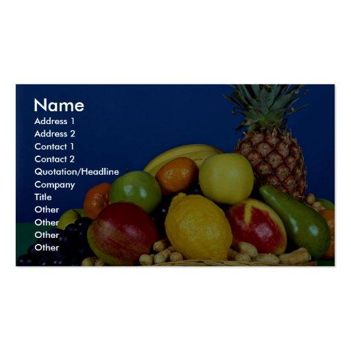 Cesta con las frutas coloridas en fondo azul tarjetas de visita