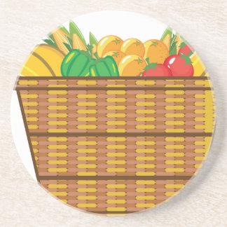 Cesta con vector de las frutas y verduras posavaso para bebida