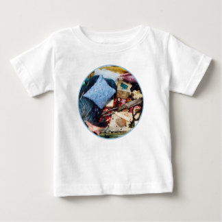 Cesta de fuentes de costura tshirt