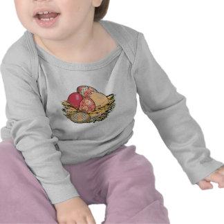 Cesta de los huevos de Pascua coloridos 09 Camisetas