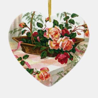Cesta de los rosas todavía del vintage de vida adorno navideño de cerámica en forma de corazón