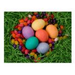 Cesta de Pascua - la primavera coloreada Eggs haba Tarjetas Postales