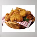 Cesta de pollo frito póster