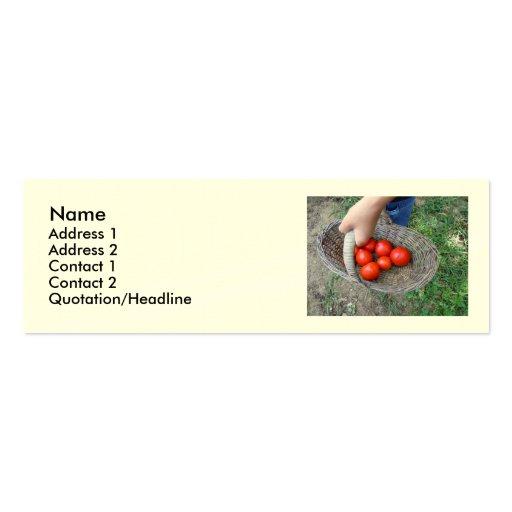 Cesta de tarjeta de visita de los tomates