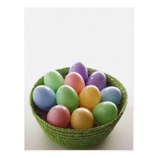 Cesta del huevo de Pascua Postal