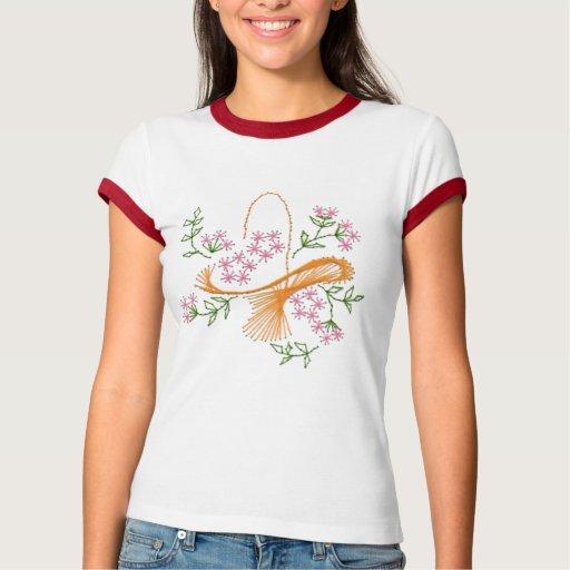 Cesta delicada de camiseta de las flores