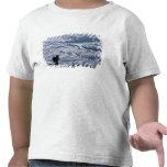 Cesta que lleva del chica de Hani con la terraza Camiseta