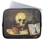 Cezanne - todavía vida con el cráneo funda computadora