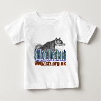 CFZ on the track thylacine Tshirt