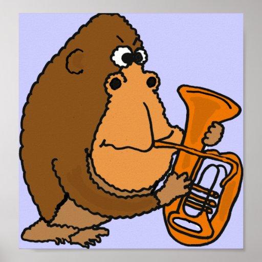 CG gorila divertido que juega el poster de la tuba