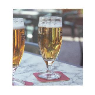 Chablis; dos cervezas frescas en 42 grados de vera bloc