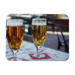 Chablis; dos cervezas frescas en 42 grados de vera iman rectangular