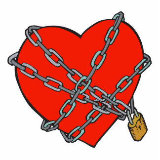 chained and locked heart standing photo sculpture