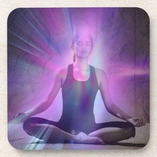 Chakra del zen del chakra de la yoga de la meditac posavasos de bebidas