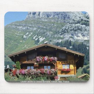 Chalet sobre Le Grand Bornand, montañas francesas, Alfombrilla De Raton