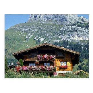 Chalet sobre Le Grand Bornand, montañas francesas, Postales