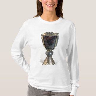Chalice with jewels and an inscription on the bord T-Shirt
