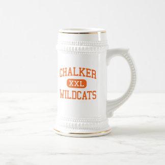 Chalker - gatos monteses - alto - Southington Ohio Jarra De Cerveza