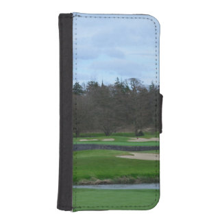 Challenging Golf Course Phone Wallet