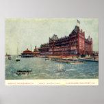 Chambelán del hotel, fortaleza Monroe, vintage del Poster