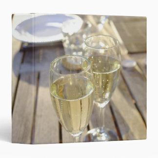 Champagne glasses 3 ring binder