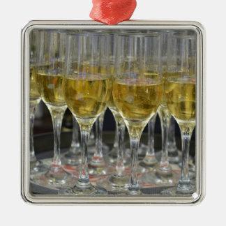 Champagne glasses christmas ornament