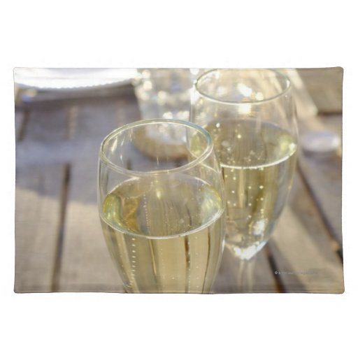 Champagne glasses place mat