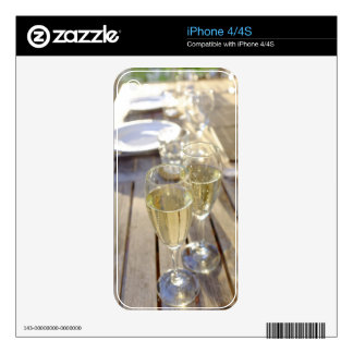 Champagne glasses skins for the iPhone 4