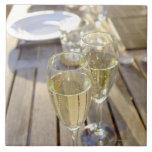 Champagne glasses tile