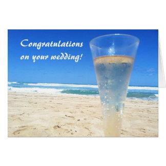 Champán en la invitación de boda de playa tarjeton
