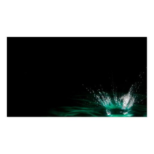 Chapoteo de la gotita de agua en fondo negro plantilla de tarjeta de negocio