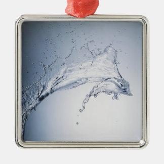 Chapoteo del agua adorno cuadrado plateado