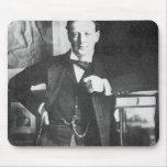 Chaqueta de punto Churchill de Winston en 1904 Alfombrillas De Raton