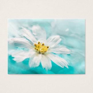 Charca de agua azul de la flor de la margarita tarjeta de negocios