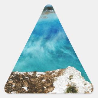 Charca de las aguas termales pegatina triangular