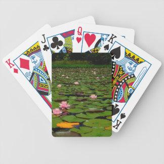 Charca rosada de la flor del lirio de agua del lot cartas de juego