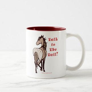 Charla a la cola taza de café