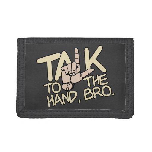 Charla a las carteras del personalizado de la mano
