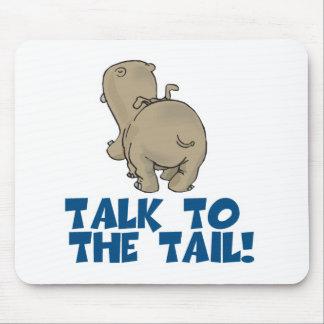 Charla al hipopótamo de la cola alfombrillas de ratón