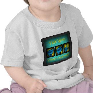 Charla con sus manos (2) camisetas