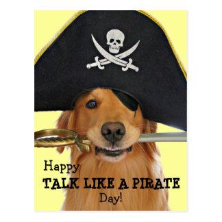 Charla del golden retriever como un día del pirata tarjeta postal